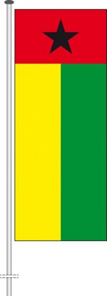 Guinea-Bissau als Hochformatfahne